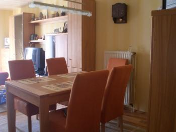 Welche Wandfarbe Paßt Zum Sofa Haus Garten Forum Chefkochde