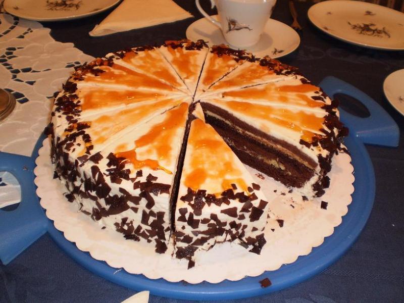 harlekin torte aus schokobiskuit creme brulee und schokomousse sehr feiner geschmack. Black Bedroom Furniture Sets. Home Design Ideas