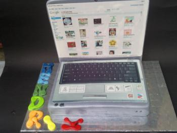 Laptop Torte Zum 14 Geburtstag Motivtorten Fotos Forum Chefkoch De