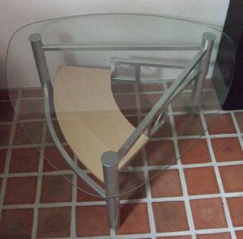 verkaufe wohnzimmertisch glas und holz selbstabholer kaufen u verkaufen forum. Black Bedroom Furniture Sets. Home Design Ideas