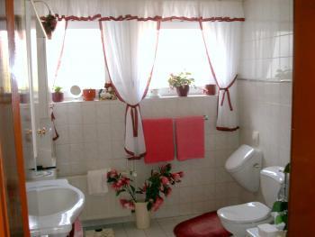 Wie sehen Eure Badezimmerfenster aus? | Haus & Garten Forum ...