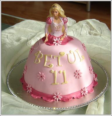 Barbie puppen kuchen