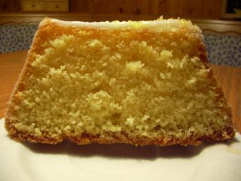 Friedas köstlicher Zitronenkuchen saftig locker frisch 164998707