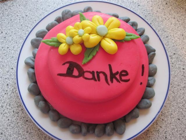 Winnie pooh danke torte pittbull aufleger for Winnie pooh kuchen deko