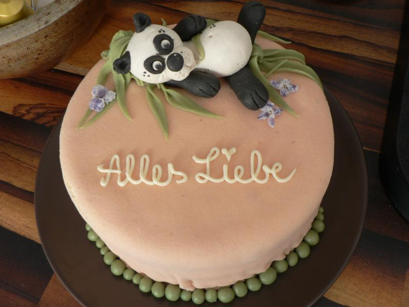 panda torte zum geburtstag motivtorten fotos forum. Black Bedroom Furniture Sets. Home Design Ideas