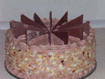 schnelle schokocreme torte mit kirschen herrlich cremig und schokoladig torten kuchen. Black Bedroom Furniture Sets. Home Design Ideas